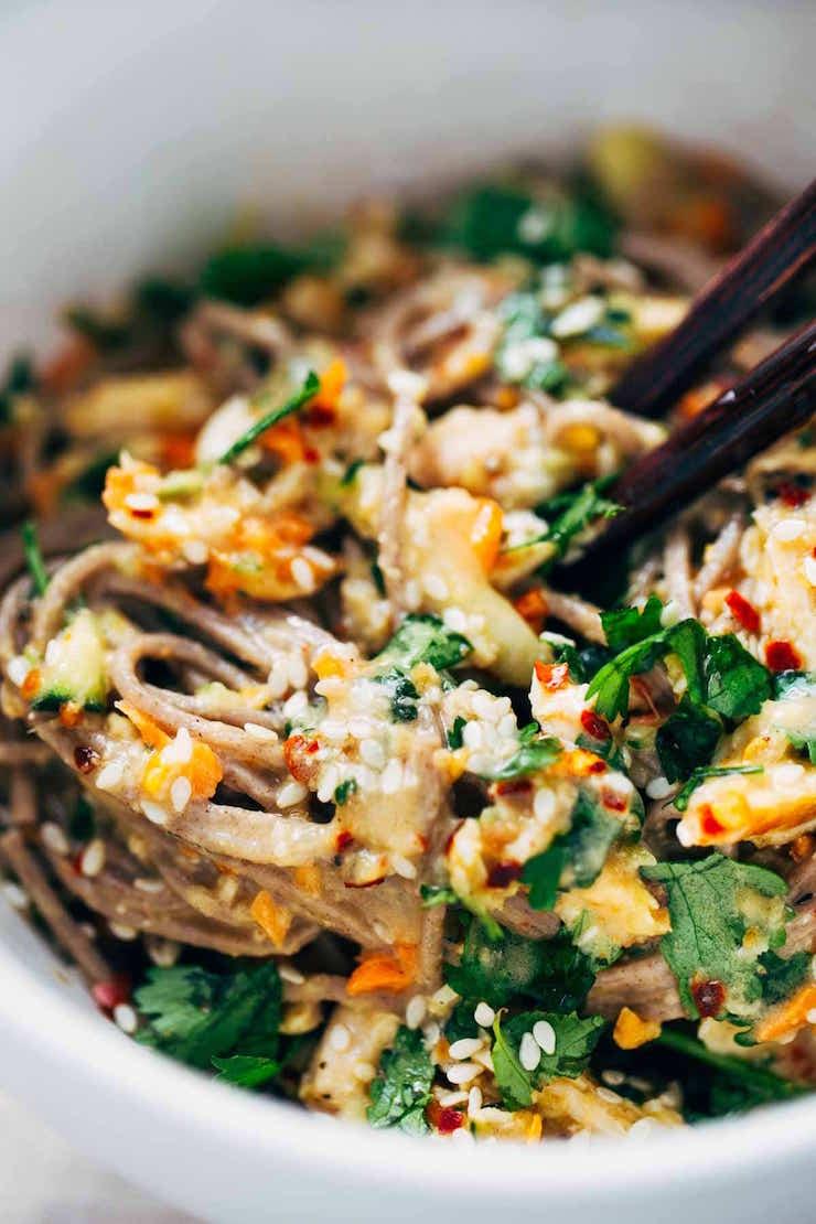 chcken sesame noodle bowl
